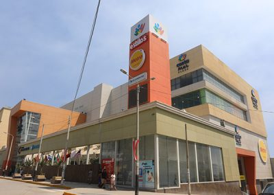 Corona Plaza